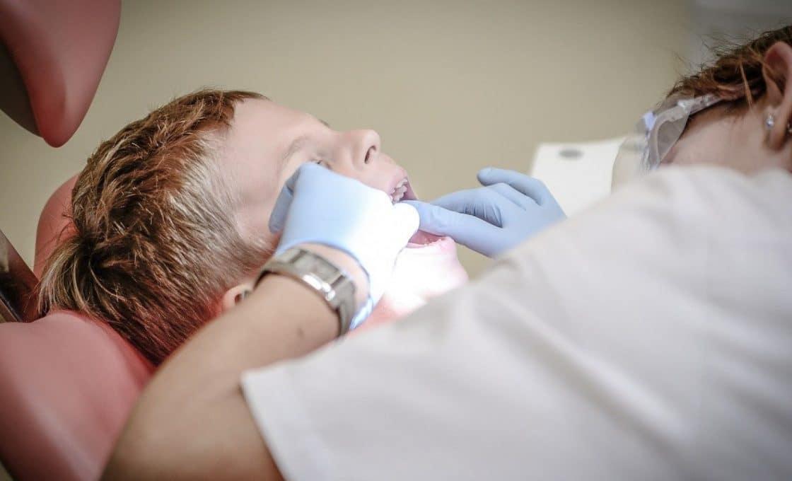 Que faire face à une rage de dents ?